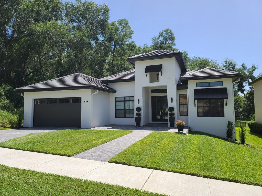 exterior of Orlando home designed and built by Ayers Custom Homes