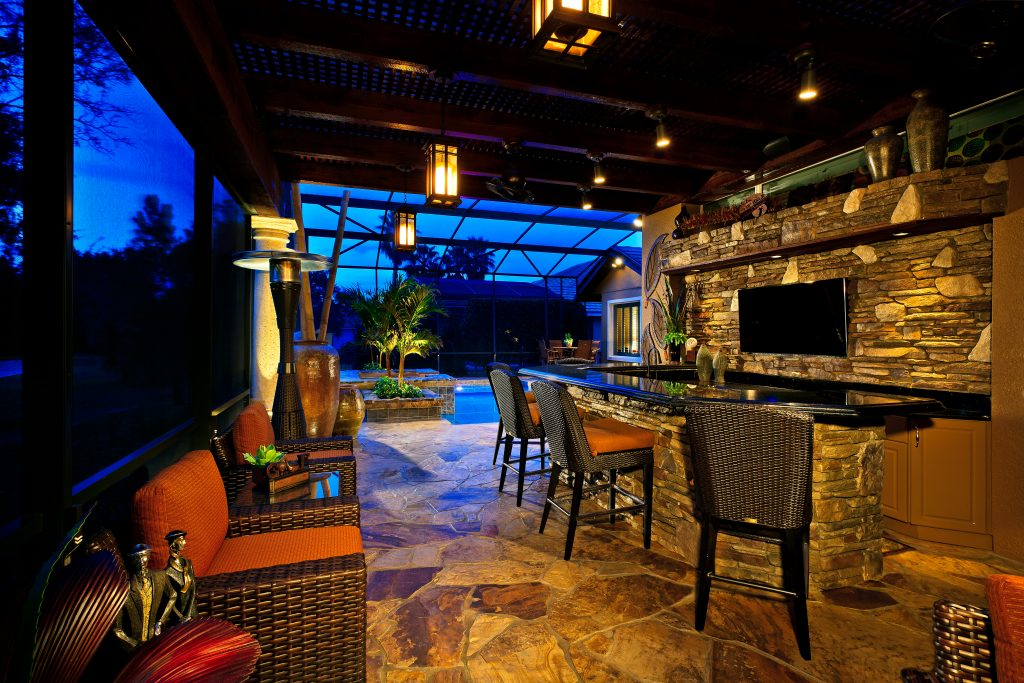 custom patio bar at luxury home built by Ayers Homes in Orlando